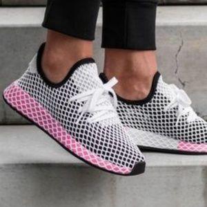 NIB Rare Adidas Deerupt Mesh Net Black Pink US 7